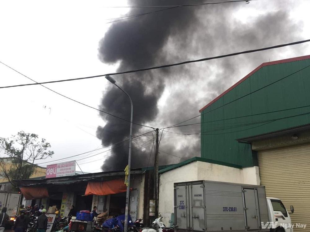 cháy nổ tại khu dân cư