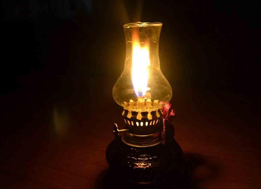 ngọn lửa đèn dầu