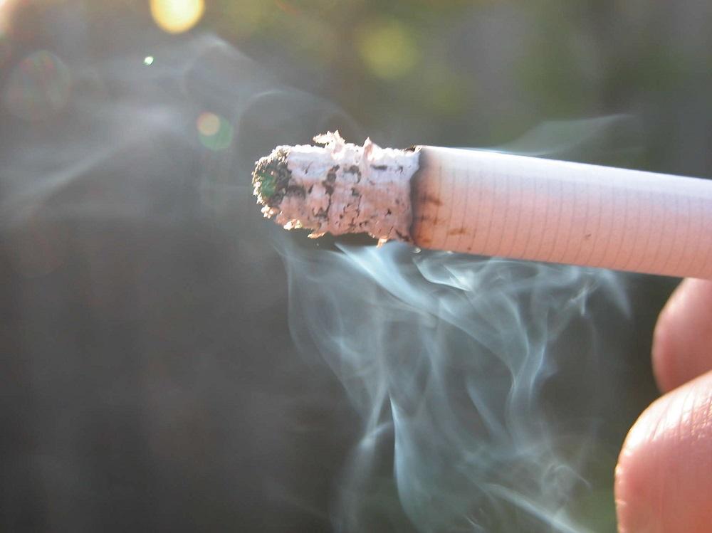 rủi ro cháy nổ đến từ thuốc lá